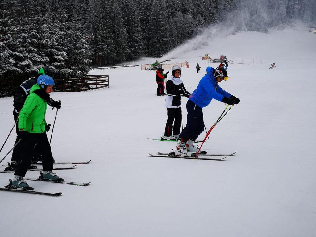 Adults and Kids ski Courses in Poiana Brasov with R&J Ski Team from Poiana Brasov